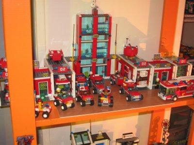caserne des pompiers lego city. Black Bedroom Furniture Sets. Home Design Ideas